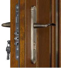 pinus drzwi
